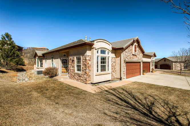 Large modern rancher in cheyenne mountain colorado for Modern homes colorado springs
