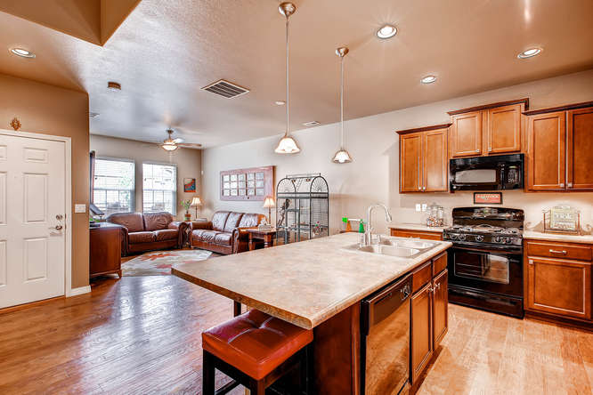 121 Eclipse Dr Colorado-small-007-Kitchen-666x445-72dpi