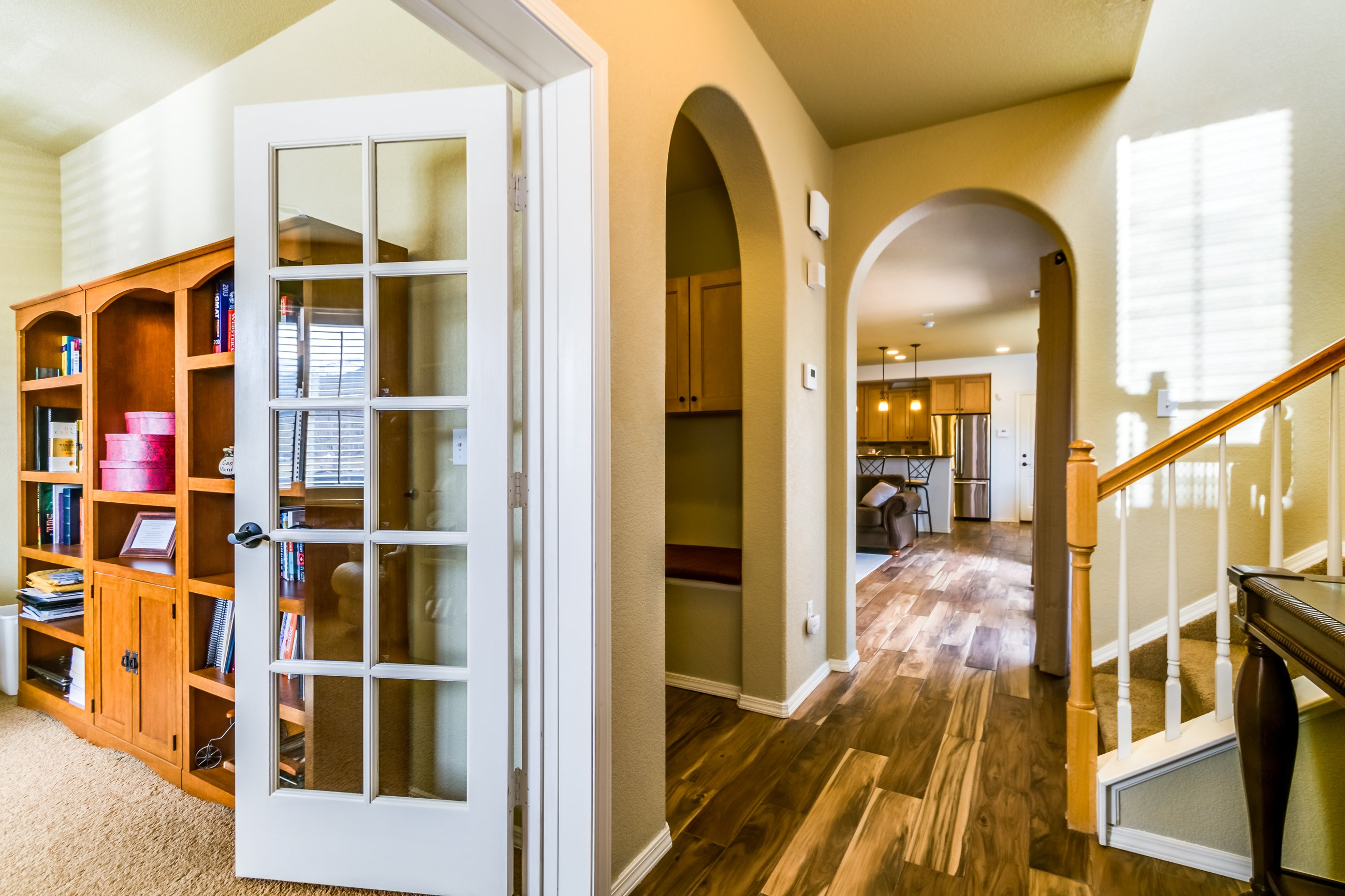 Gold Hill Mesa condo for sale, picture of hallway on main level