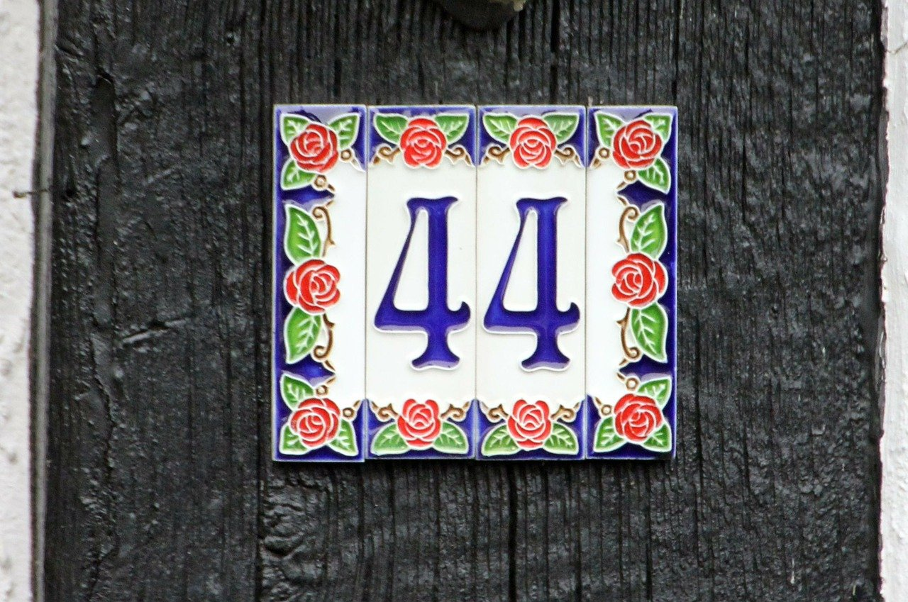 #44 decorative address number plate