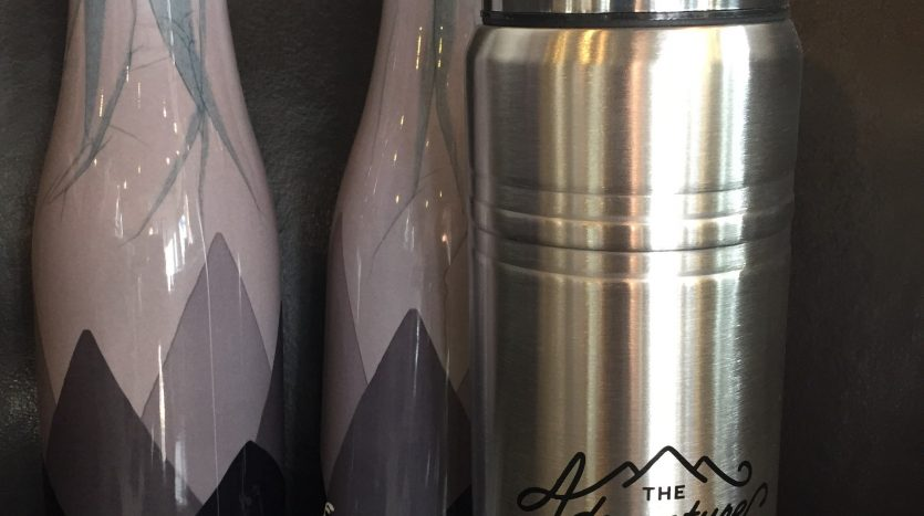 Personalized metal water bottles and thermos
