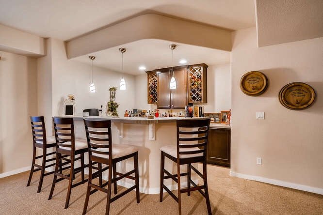 Picture of the wet bar in the basement of 1290 Gold Hill Mesa Drive