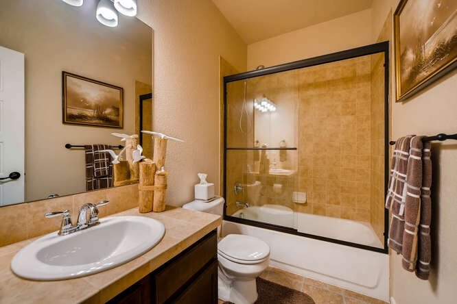 Picture of a bathroom in 1290 Gold Hill Mesa Drive