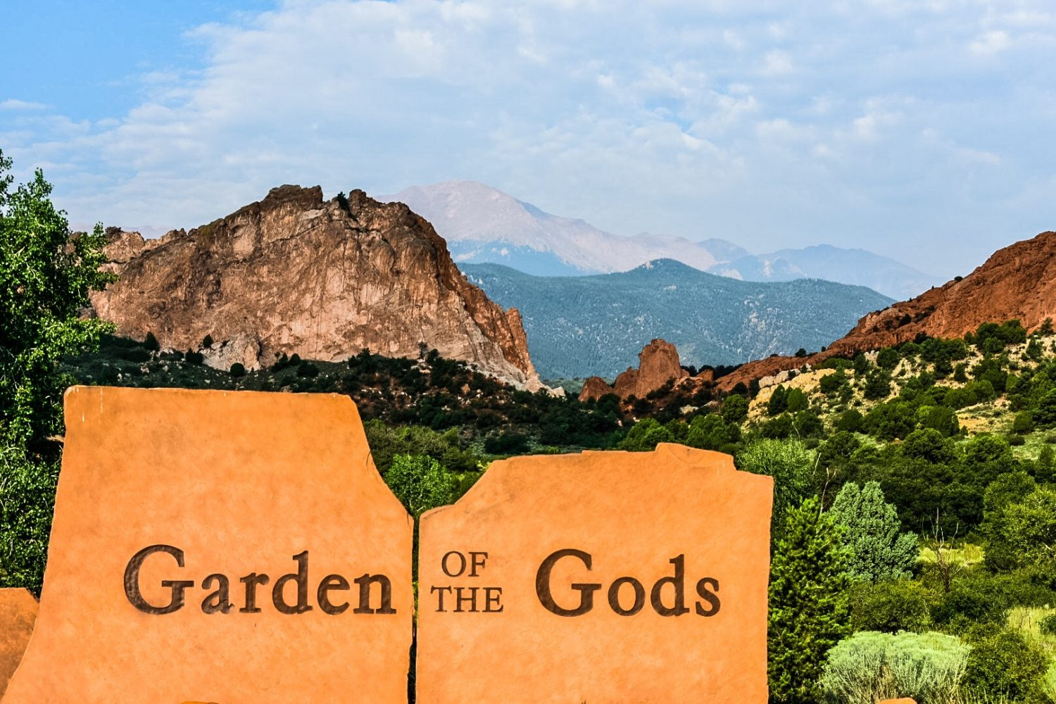 Picture of Garden of the Gods park in Colorado Springs, CO